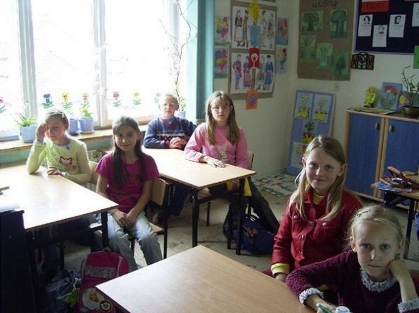 Szkoła Podstawowa w Woli Kopcowej, 2006r.