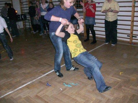 Zabawa karnawałowa w Brzezinkach - 11.02.2010r.