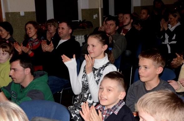 Andrzej i Przyjaciele oraz Piotr Restecki na koncercie w Masłowie - 18.12.2011r.