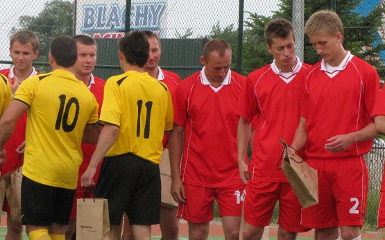 Turniej z okazji 10-lecia parafii Domaszowice - 18.06.2011r.