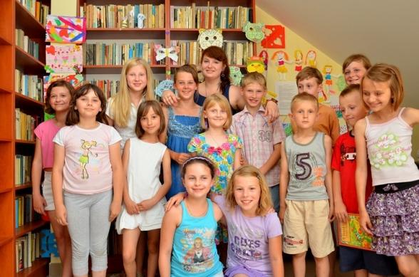Gminna Biblioteka Publiczna - filia w Mąchocicach Kapitulnych - lipiec 2012r.