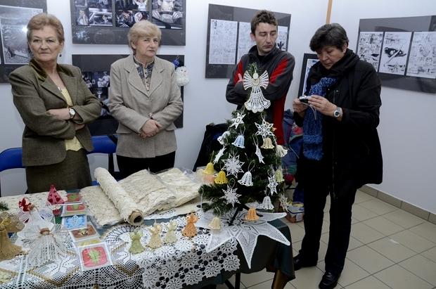 Kiermasz świąteczny w Szklanym Domu - 16.12.2012r.