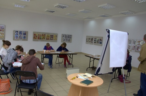 Komiksowe warsztaty w Ciekotach - 14-15.04.2012r.