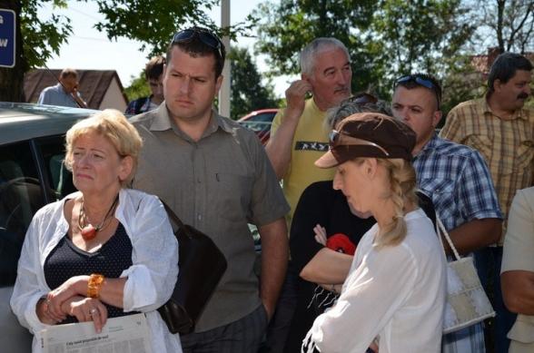 Protest mieszkańców przed siedzibą Wodociągów - 23.07.2012r.