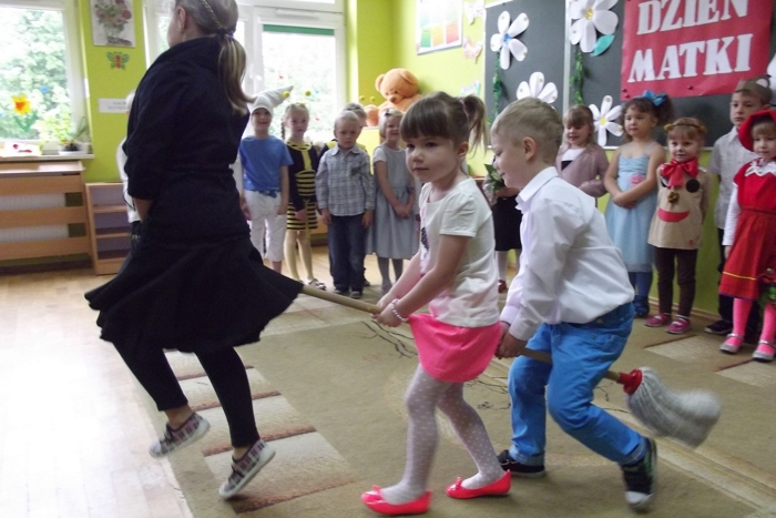 Dzień Matki w Przedszkolu w Mąchocicach Kapitulnych