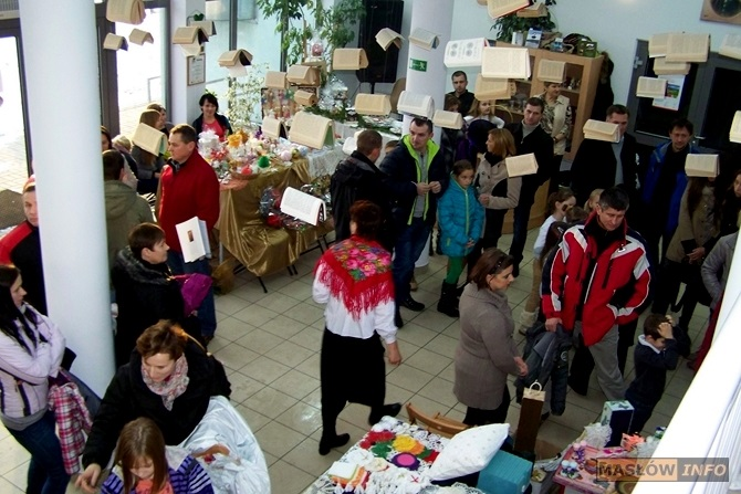 Kiermasz Bożonarodzeniowy w Ciekotach - 8.12.2013r.