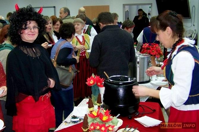 Rok 2013 - GRUDZIEŃ: kiermasz świąteczny w Szklanym Domu