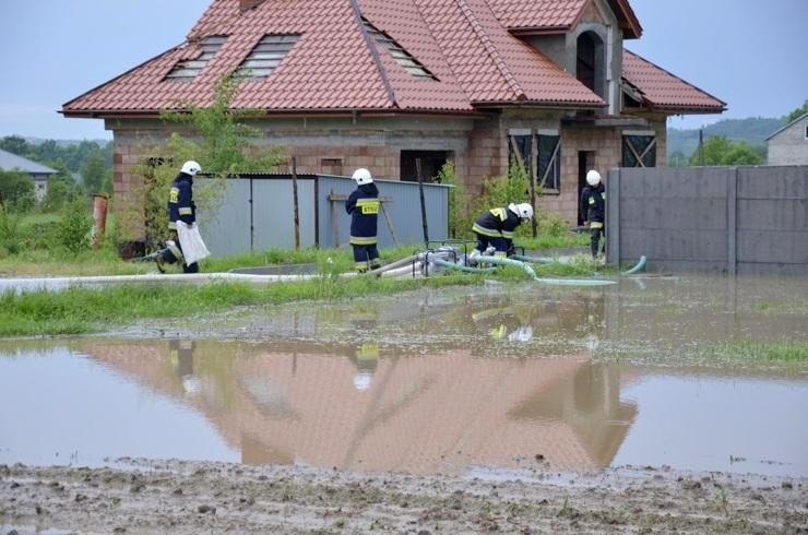 Skutki nawałnicy w gminie Masłów - 30.05.2013r.