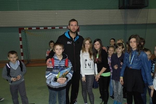 Kapitan VIVE gościem szkoły w Masłowie - 15.01.2014r.