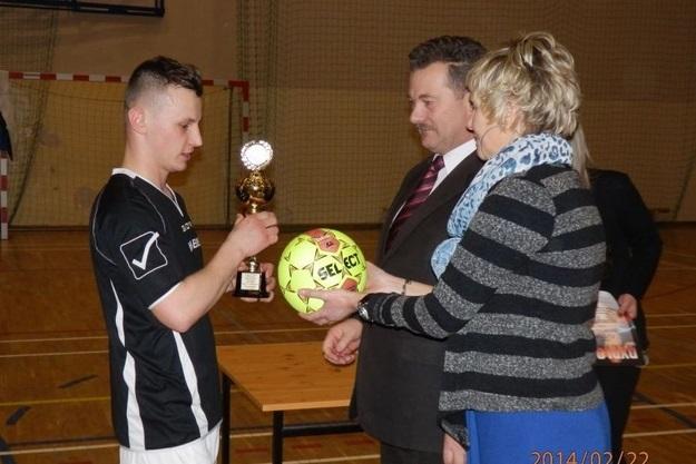 Turniej o Puchar Wójta - 22.02.2014r. (źródło zdjęć: GOKiS)