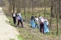 Uczniowie i harcerze sprzątali Lubrzankę - 20.04.2012r.