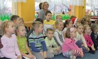 Przedszkolacy do starego budynku, a nowy dla radnych - pisze Gazeta Wyborcza