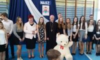 ks. biskup Marian Florczyk w ZS w Mąchocicach Kap.